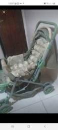 Macaquito em um carrinho de bebê estou vendendo qualquer coisa é só me chamava