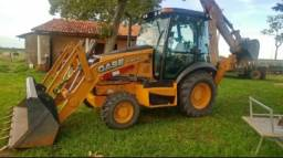 2017 RETROESCAVADEIRA CASE 580N 4X4