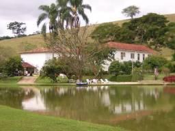 Chácara à venda com 5 dormitórios em Chacrinha, Paraiba do sul cod:FA00001
