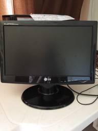 """Monitor LG 15"""""""