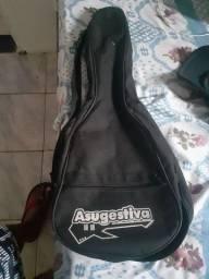 Capa de cavaco e ukulele
