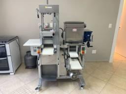 Máquina de massas multifuncional