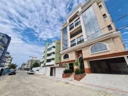 Apartamento 350 metros da praia de Bombas
