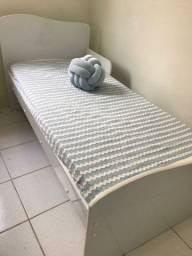 Vendo mini cama + colchão