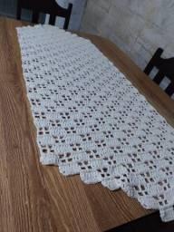 Trilho ou passadeira de mesa