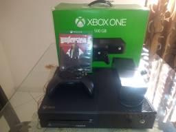 Xbox one, 500 GB de memória, semi novo,game completo só instalar e jogar!