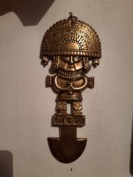 Enfeite de parede  bronze do Peru.