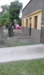 Vendo casa de esquina - Bairro Vila Nova - Rosário do Sul