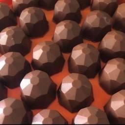 Título do anúncio: Forma BWB com Silicone (3 partes): Trufa Diamante 45g (REF.: 54)