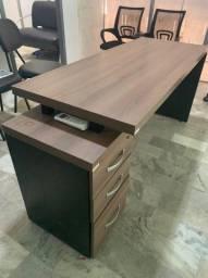 Mesa para escritório/estudo