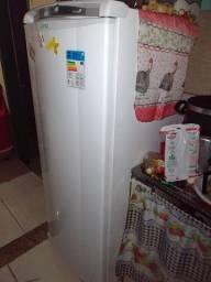 Geladeira Eletrolux Frost Free