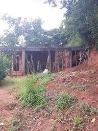 Vende-se uma Excelente casa inacabada em Poté.