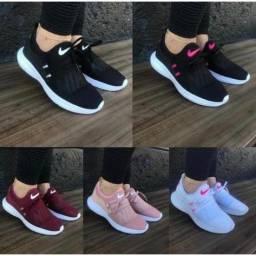 Título do anúncio: Tênis Feminino Nike Ideal Para Academia e Caminhada