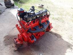 Motor picape Willys f75  6 cilindros  A gasolina