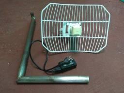Antena de internet via rádio Ubiquiti AirGrid M5