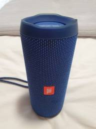 JBL Flip 4 Azul bateria ?