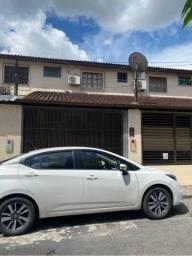Título do anúncio: R$2 MIL- Casa Duplex- Parque Dez