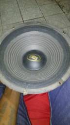 Médio grave,JBL 300 RMS