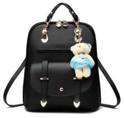 Mini mochila com capa protetora