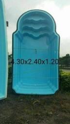 Picina de fibra 4.30x2.40x1.20