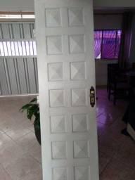 Título do anúncio: Porta 2MX60cm madeira de lei