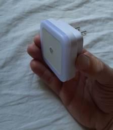 Luminária com sensor automático noturno,
