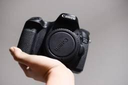 Título do anúncio: Canon 70D (25k clicks)