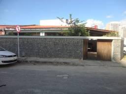 Casa comercial para aluguel no bairro Jardins