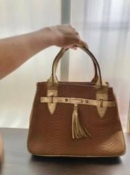 Linda bolsa Nova couro