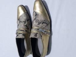 Sapato especial novo numero 43