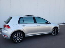 Vw - Volkswagen Golf 3.000 km, Teto, 7 air bags, ABS, rodas 17 - 2018