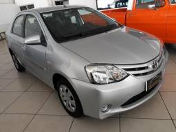 Etios Sedan 1.5 XS - 2015