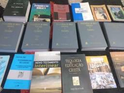 Livros de teologia 700 reais
