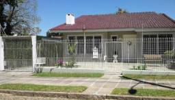 Casa à venda com 3 dormitórios em Vila assunção, Porto alegre cod:LU261308