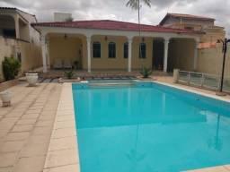 Casa Na Av. Ephigênio Sales 5 suítes 05 vagas de garagens + piscina com Edícula