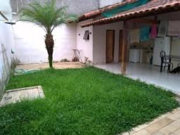 Vendo Casa Vila Rica (Quintal amplo e garagem lateral)