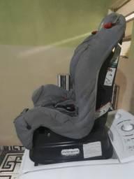 Vendo cadeirinha burigoto  super conservada  valor 150.00 reais WhatsApp  *