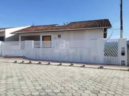 Casa no Souza Cruz com 03 dormitórios