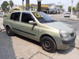 Renault Clio sedan completo Sem entrada + 48x