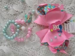 Kits de laços e pulseiras infantil