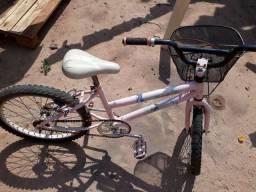 Bicicleta usada menina