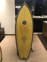 Prancha de surf biquilha