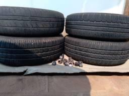 Rodas e pneus 13 originais de Ford ka