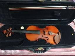Violino 4/4 ,usado mas em perfeitas condições!!