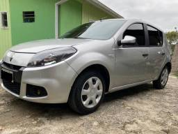 Renault Sandero expression 1.6 completo GNV