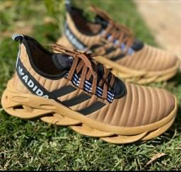 Vendo tênis Adidas e nike airmax ( 130 com entrega)