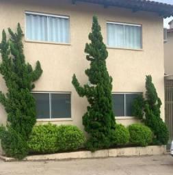 Sobrado com 3 dormitórios à venda, 156 m² por R$ 460.000,00 - Vila Monticelli - Goiânia/GO