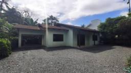 Casa para alugar com 3 dormitórios em Pirabeiraba, Joinville cod:09564.001