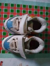 Título do anúncio: Sapatinho número 19 para bebê.