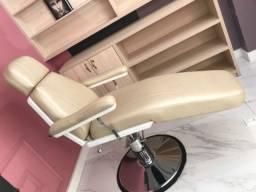 Cadeira de Estética e maquiagem com Massagem
